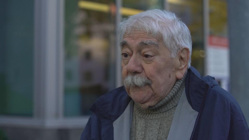 Capture d'écran d'une entrevue avec Gérard Lafrenière.