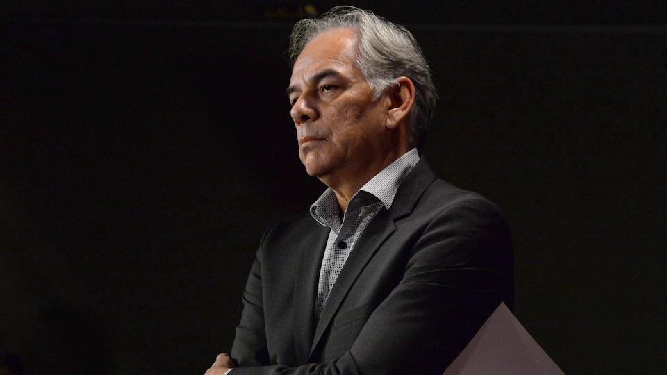 Le chef de l'Assemblée des Premières Nations Québec-Labrador (APNQL), Ghislain Picard, demande au gouvernement fédéral de tenir une réunion avec les premiers ministres provinciaux sur les enjeux touchant les Premières Nations.