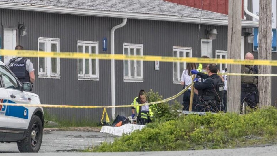 La fusillade est survenue près du bâtiment de Mariner Auction.
