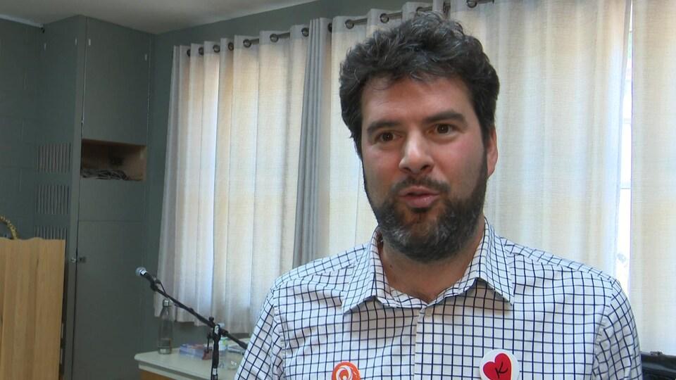 Le candidat de Québec solidaire de la Côte-du-Sud, Guillaume Dufour