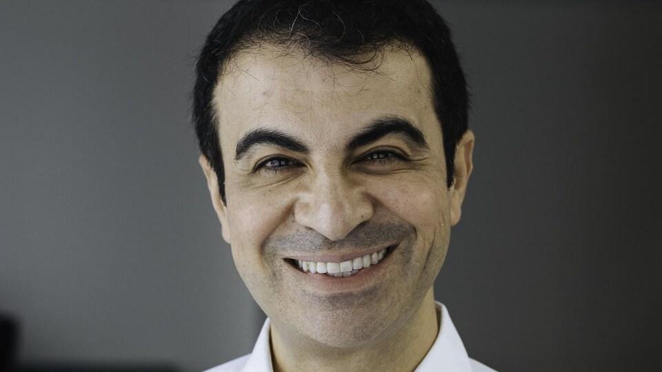 Le Dr Houfar Sekhavat.