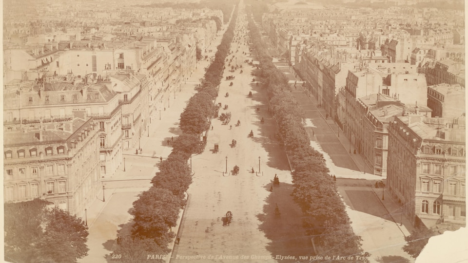 Vue aérienne d'un grand boulevard urbain en 1860.