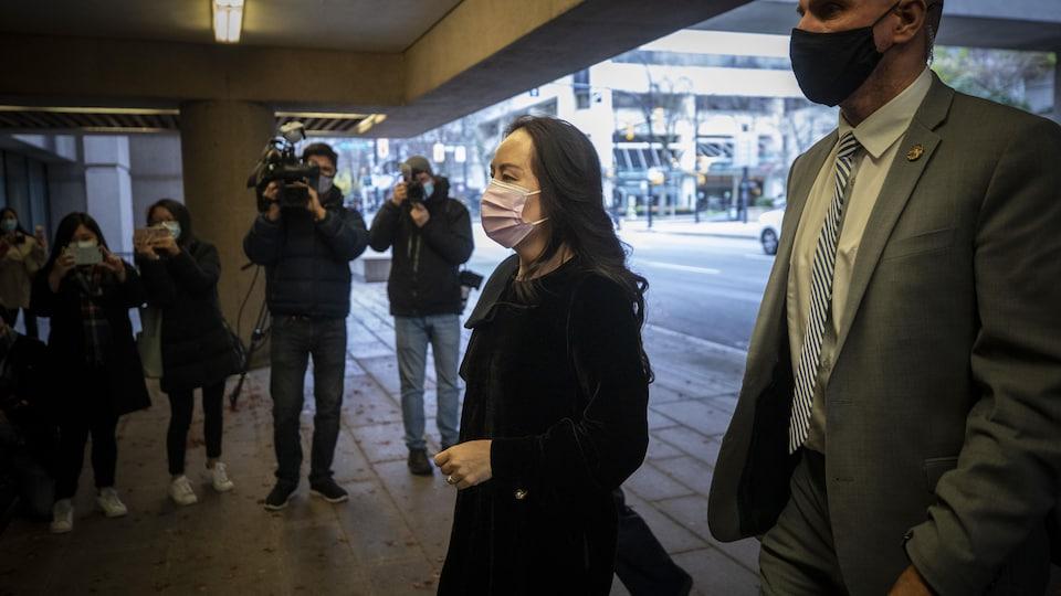 Meng Wanzhou arrivant au palais de justice.