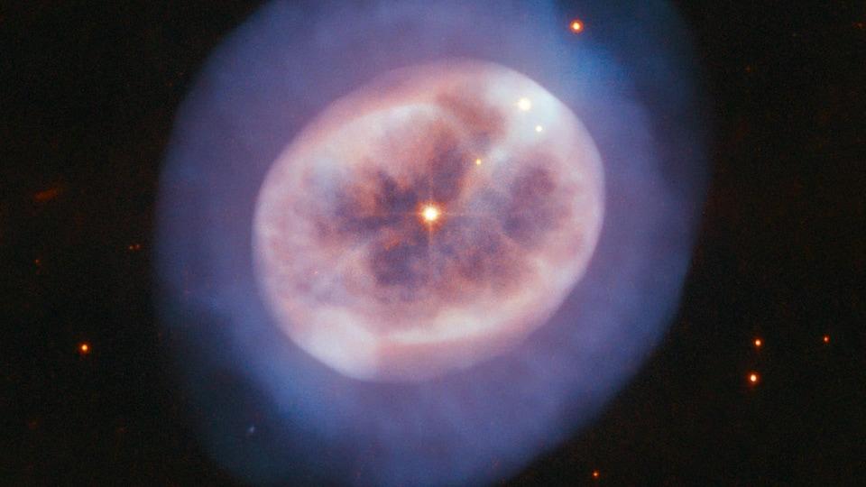 La nébuleuse planétaire NGC 2022.