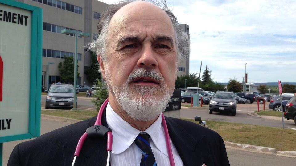 Hubert Dupuis, président d'Égalité santé en français.