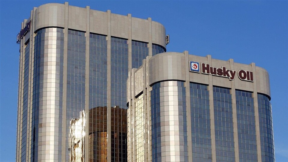 Les tours Husky à Calgary.