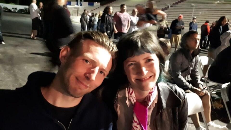 Stephanie et son frère Ian Harrington.