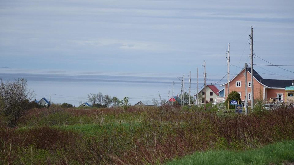La municipalité de Notre-Dame-des-Sept-Douleurs se trouve sur l'Île Verte.