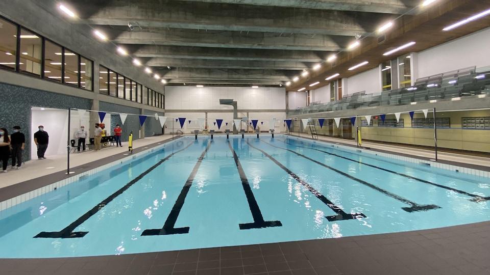 La piscine de la polyvalente La Forêt.