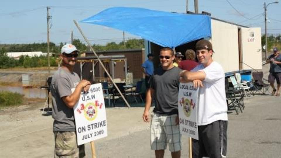 Des grévistes de Vale Inco à Sudbury