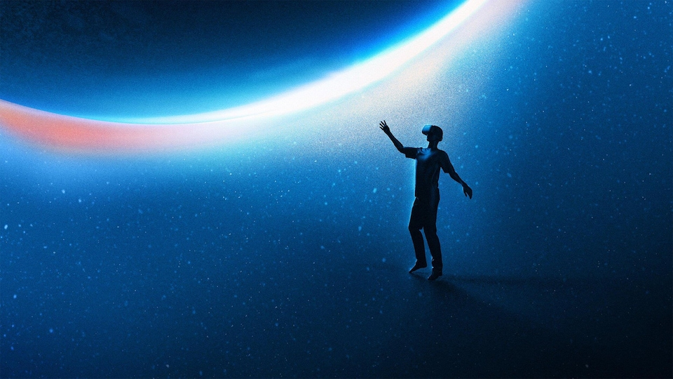 Une personne est dans l'espace avec un casque de réalité virtuelle.