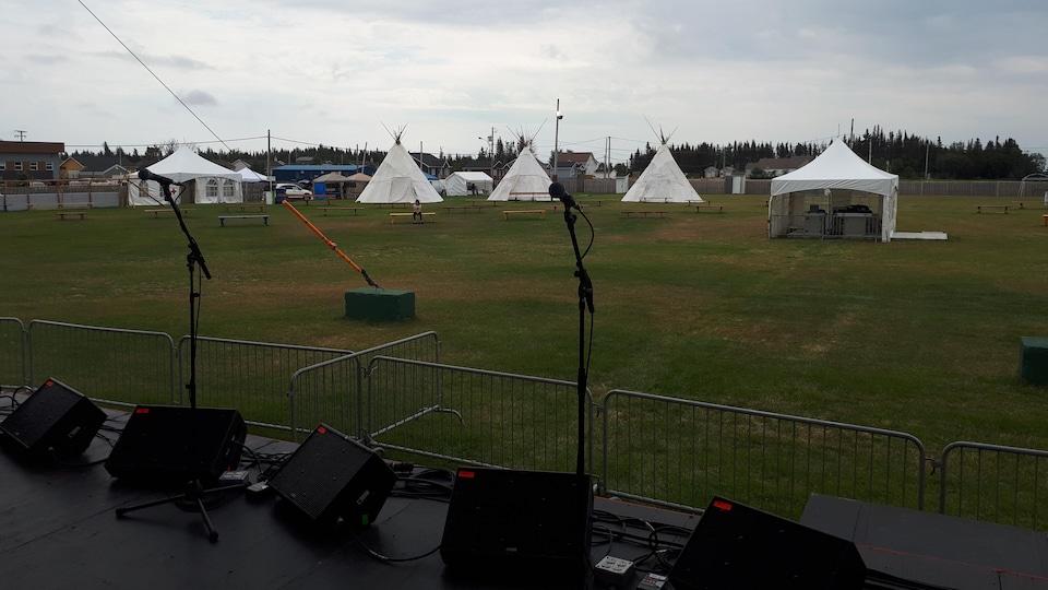 Le site du Festival Innu Nikamu attend la foule