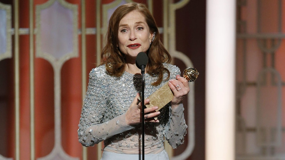 Isabelle Huppert s'est vu décerner le Golden Globe de la meilleure actrice dans un film dramatique dimanche