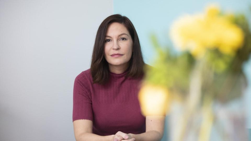 L'ethnologue wendate Isabelle Picard chez elle, à Longueuil, en mars 2020.