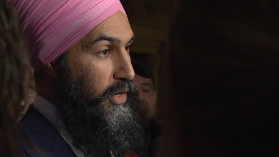 Le chef néo-démocrate Jagmeet Singh accuse le premier ministre Justin Trudeau de faire de la petite politique en déclenchant une élection complémentaire en Ontario, mais pas dans les trois autres circonscriptions où des sièges sont vacants, dont celle qu'il convoite.