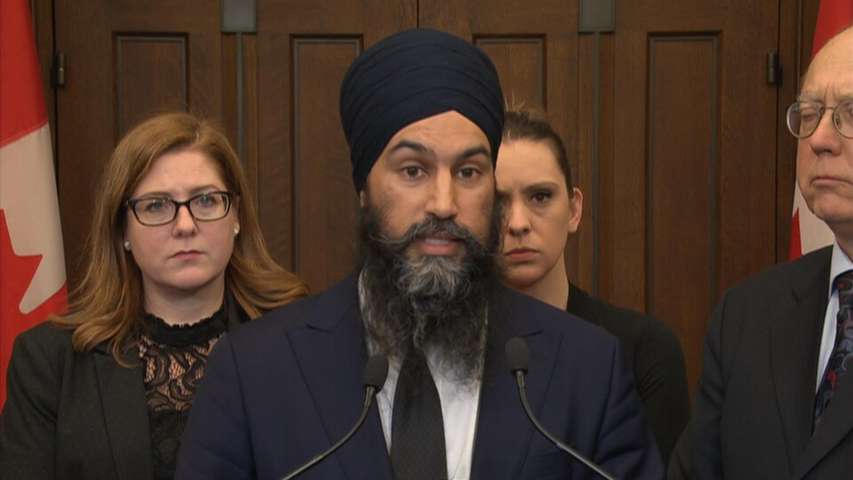 Jagmeet Singh en point de presse à Ottawa
