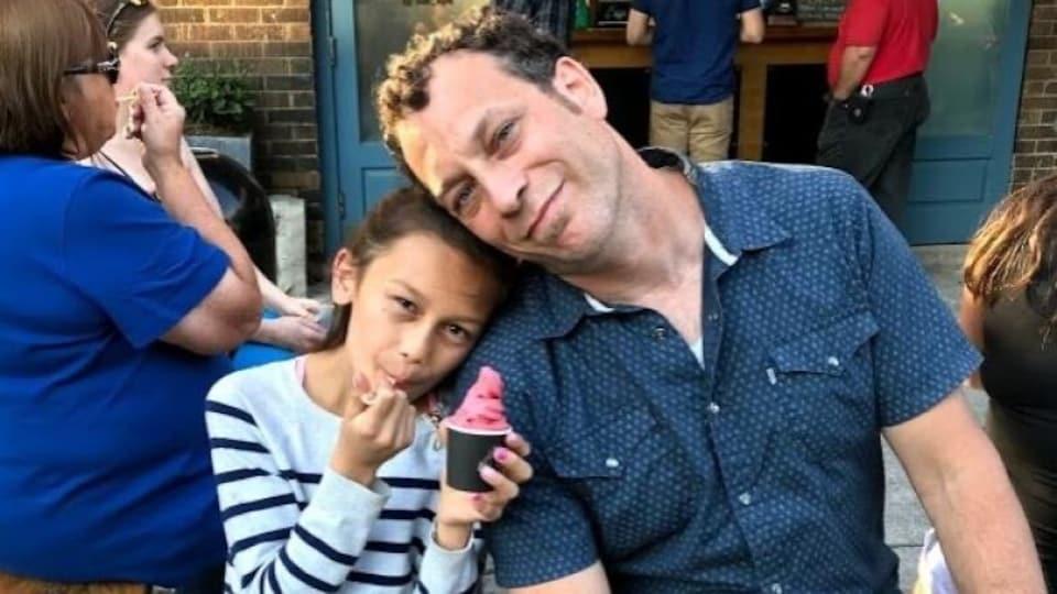 Jamie Alexander aux côtés de sa fille, Rubuy.