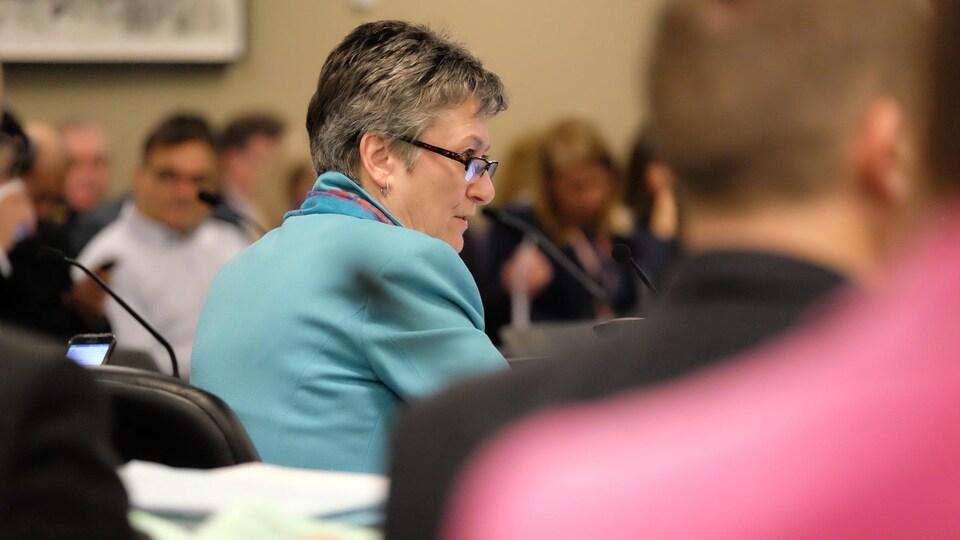 La conseillère municipale Janet Davis