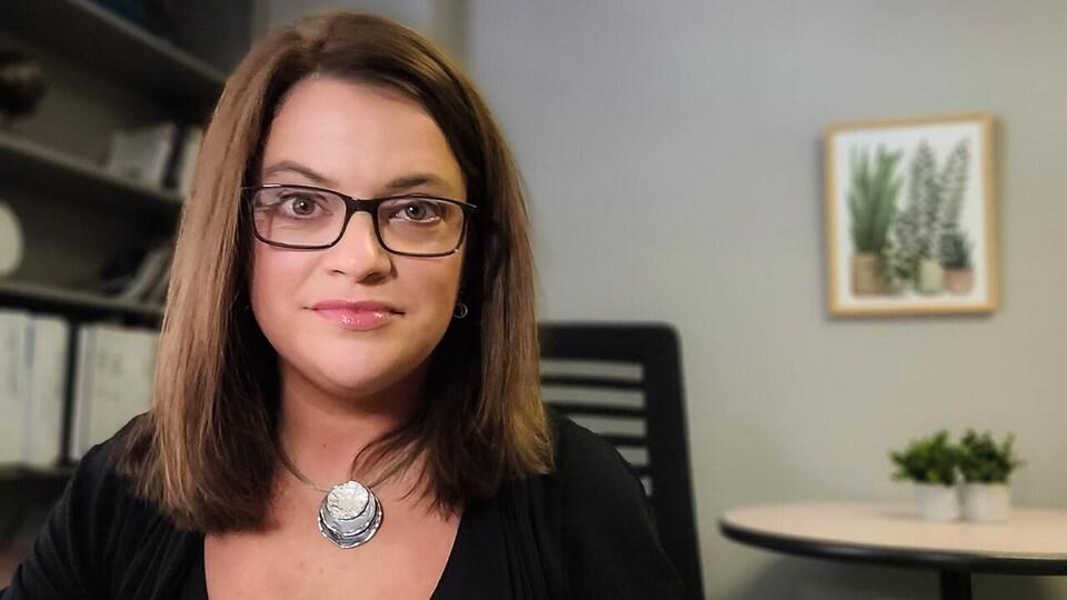 Jayelee Grady, directrice provinciale des services aux victimes du ministère de la Justice et de la Sécurité publique.