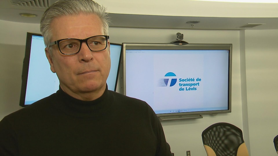 Jean-François Carrier, directeur général de la Société de transport de Lévis