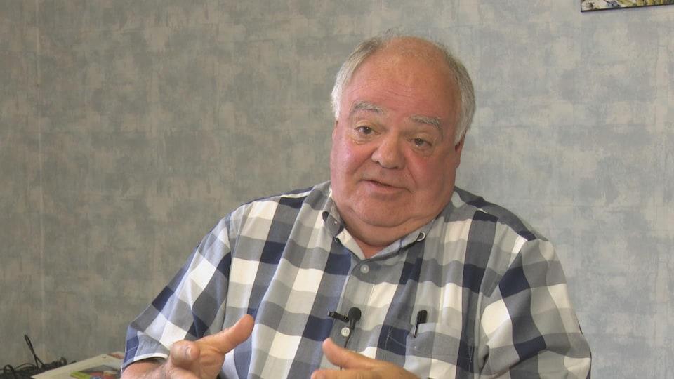 Jean-Pierre Ouellet en entrevue avec Radio-Canada.