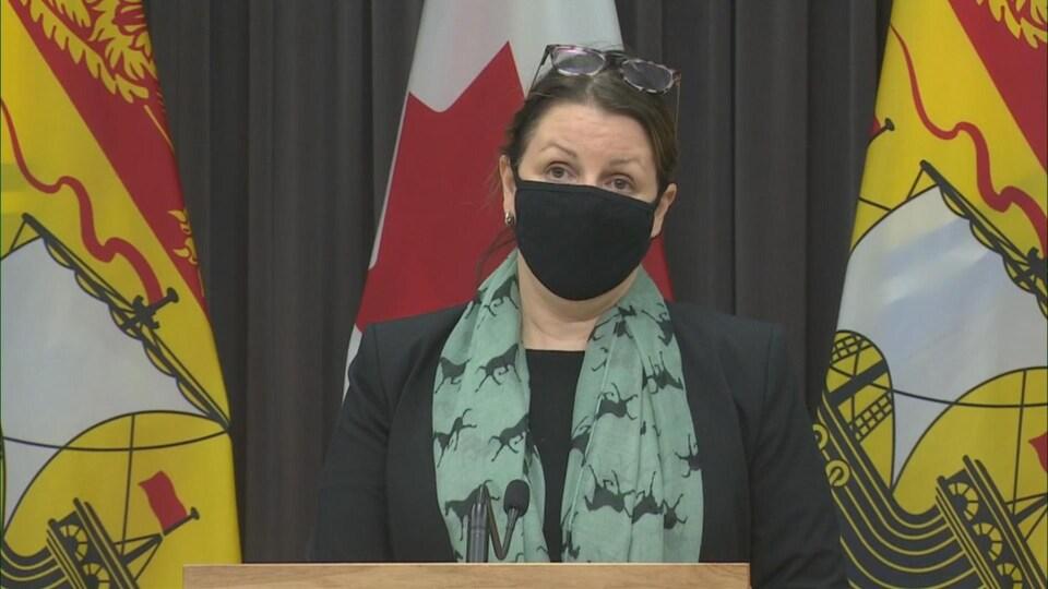 La médecin hygiéniste en chef Jennifer Russell lors d'un point de presse vendredi.