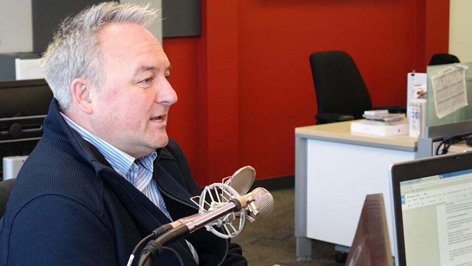 Le maire de Matane, Jérôme Landry, en entrevue à Radio-Canada