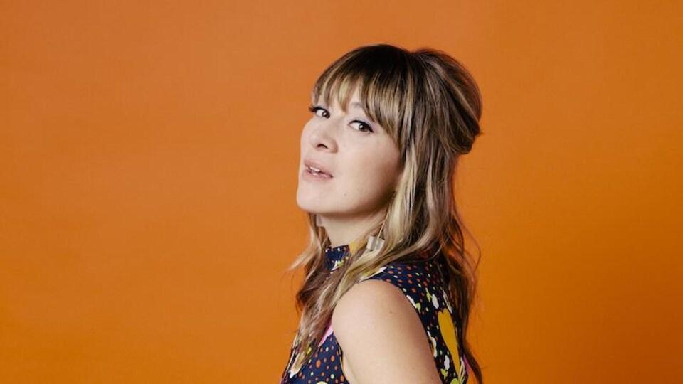 Jill Barber de profil.