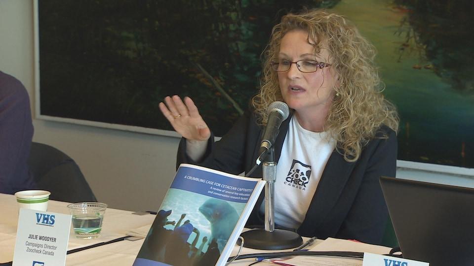 Julie Woodyer, directrice de campagne de Zoocheck Canada