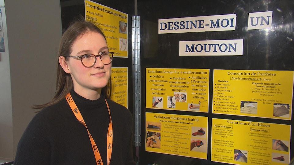 Juliette Quirion, du Collège Mont-Notre-Dame, est derrière le projet «Dessine-moi un mouton». On la voit ici devant son kiosque lors de la finale estrienne de l'Expo-sciences.