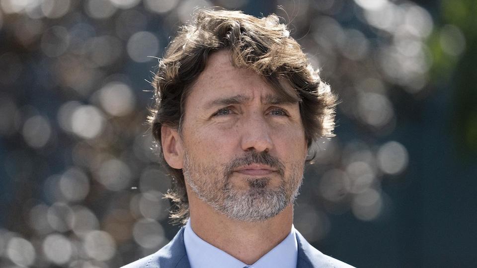 Gros plan du premier ministre du Canada Justin Trudeau.