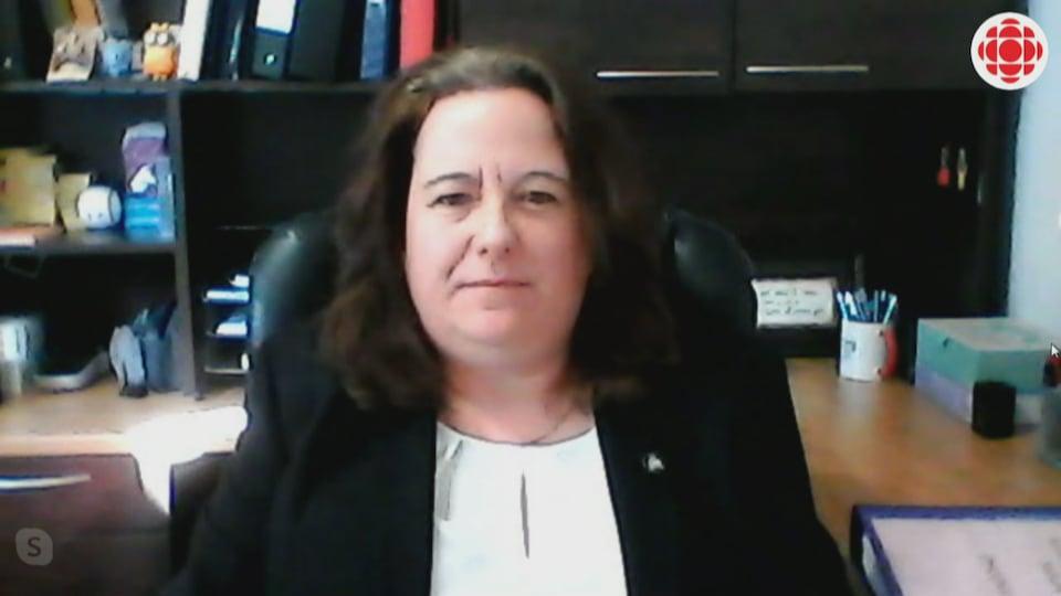 Kathleen Hippern en entrevue via Skype.