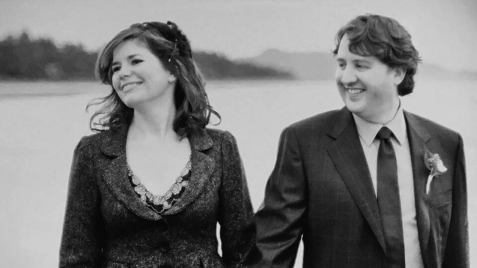 Jeanette Ashe et Kennedy Stewart le jour de leurs noces.