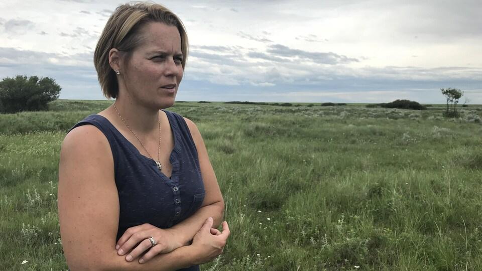 Kerry Gaillard tente de gérer de façon durable les prairies naturelles qu'elle utilise comme pâturages pour ses troupeaux de bétail.