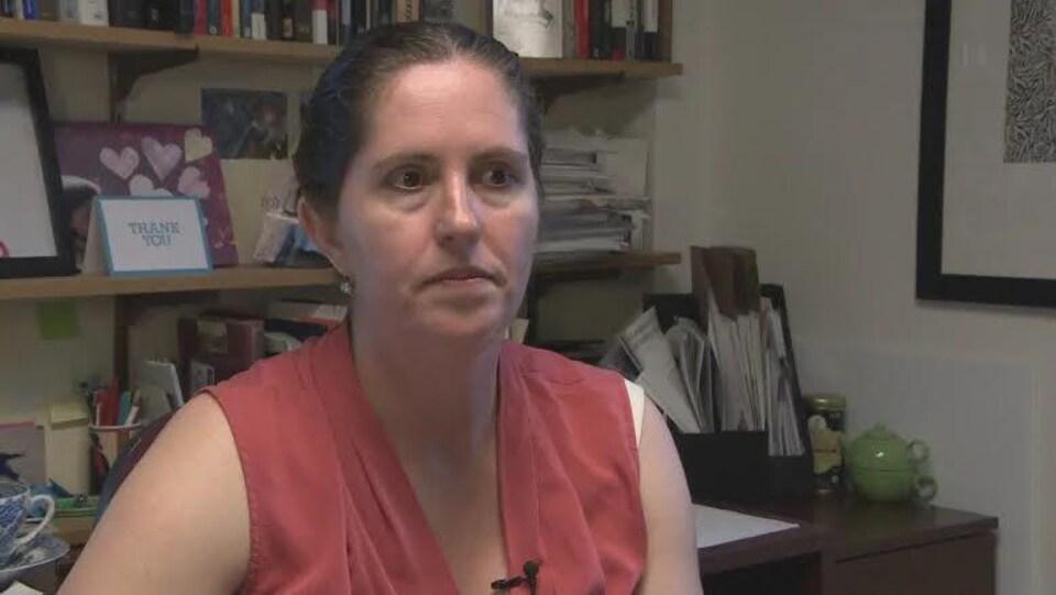 La professeure d'histoire à l'Université Saint-Mary's d'Halifax Kirrily Freeman en entrevue à Radio-Canada.