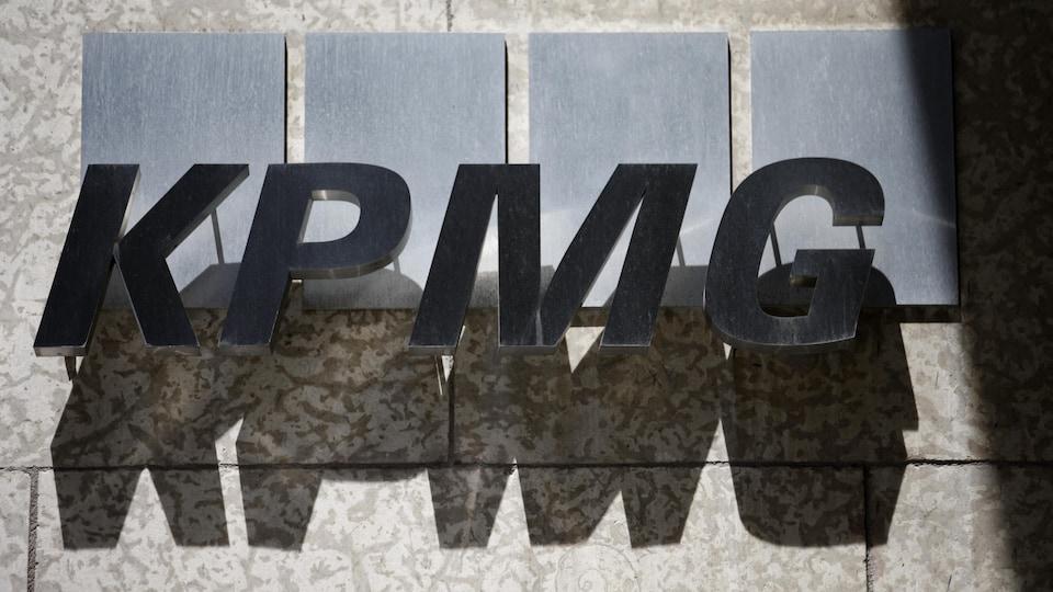 Le logo KPMG.