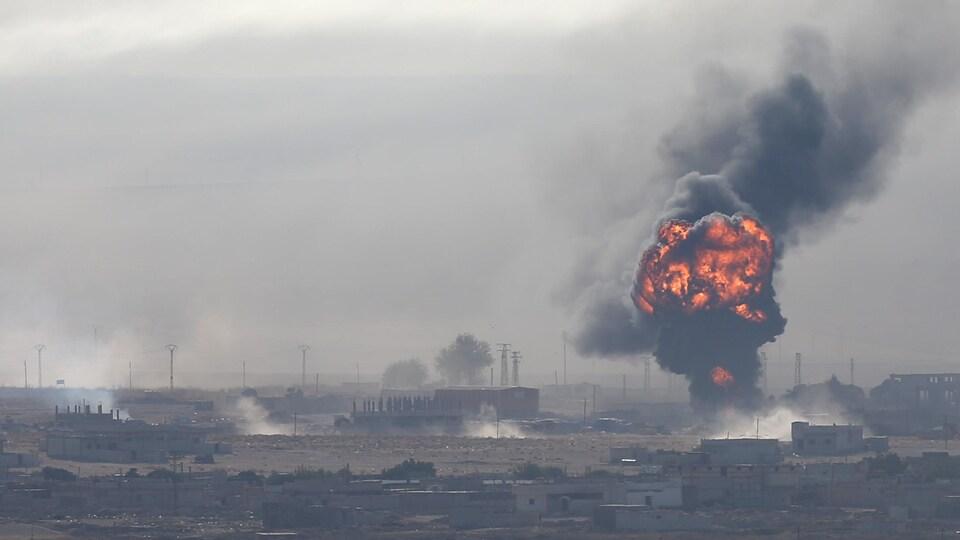La frontière nord entre la Syrie et la Turquie est le théâtre de bombardements de la part des forces armées turques depuis plusieurs jours maintenant.