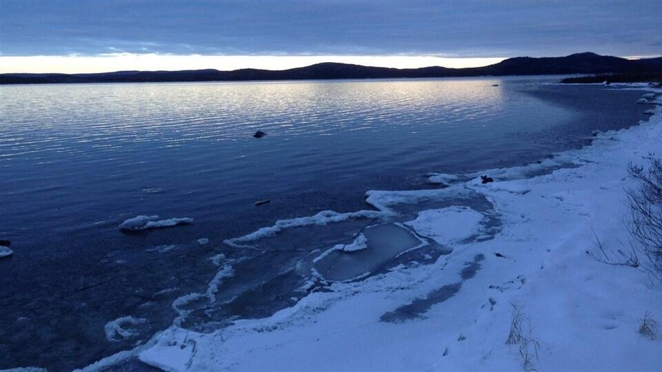 Le lac Matapédia en hiver.