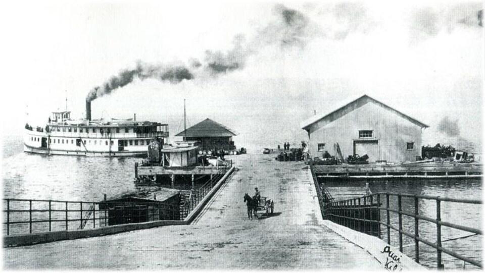 Le quai de Ville-Marie en 1900
