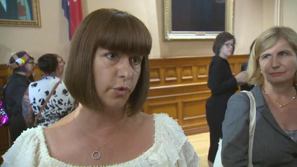 Nathalie Des Rosiers, députée d'Ottawa-Vanier et Marie-France Lalonde, députée d'Orléans