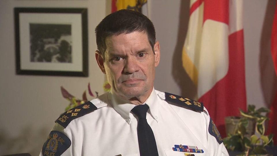 Le commandant divisionnaire de la Gendarmerie royale du Canada au Nouveau-Brunswick, Larry Tremblay.