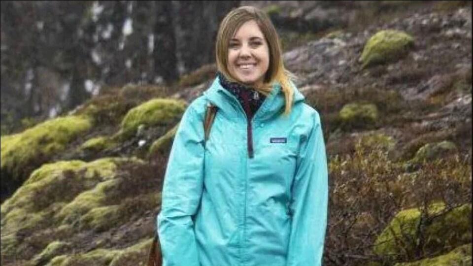 Lauren Yakiwchuk est une blogueuse à temps plein, couvrant des sujets tels que les voyages, la randonnée et la cuisine végétalienne.