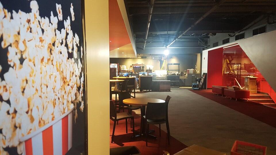 L'intérieur du nouveau cinéma Le Clap.