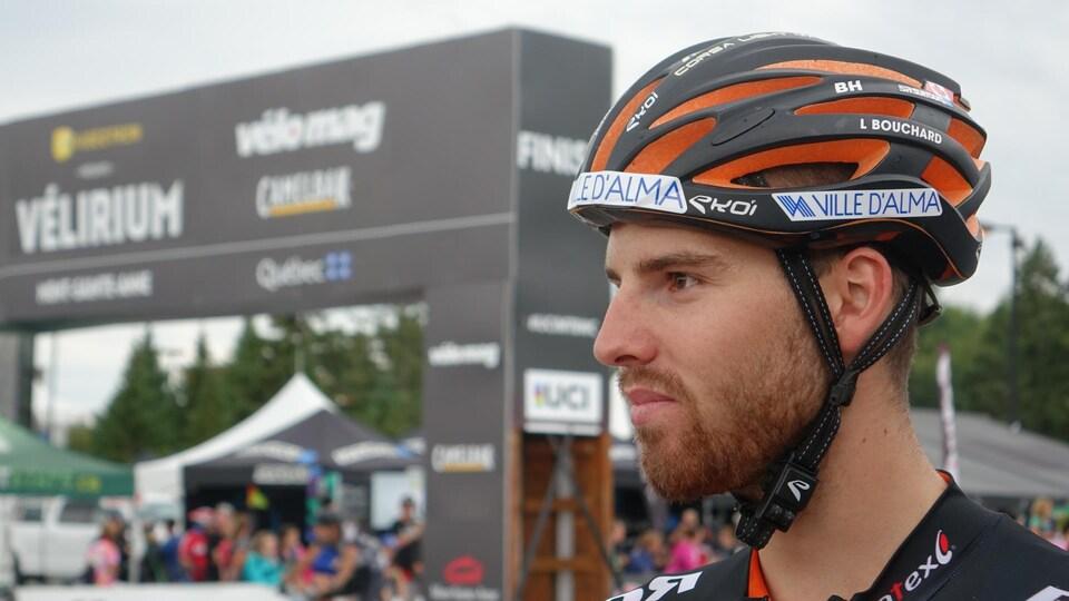 Le cycliste almatois Léandre Bouchard