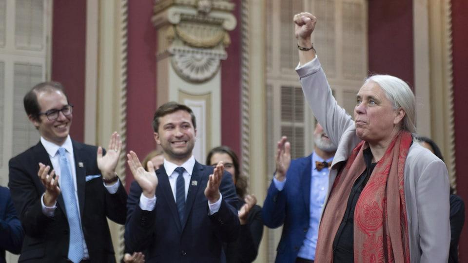Alexandre Leduc, Gabriel Nadeau-Dubois et Manon Massé à l'Assemblée nationale.