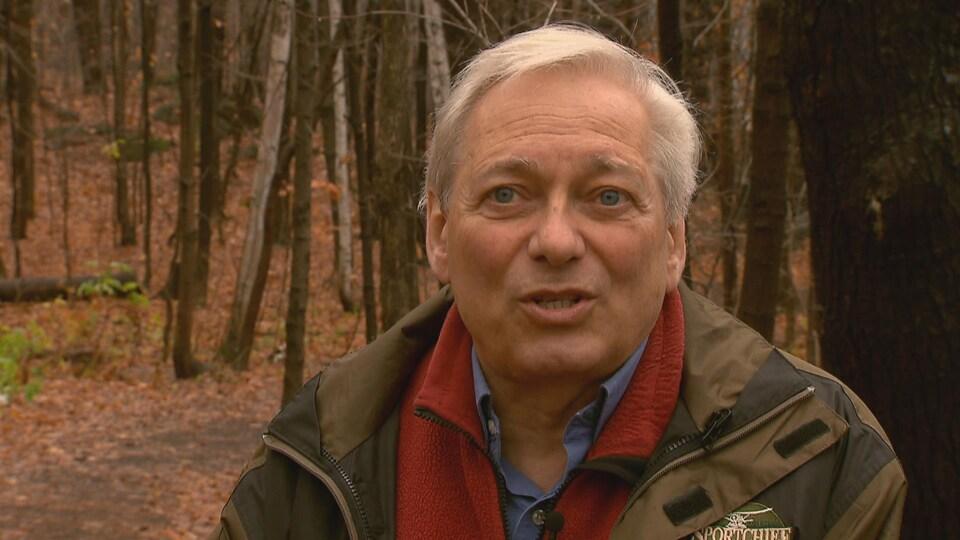 Luc Bouthillier est professeur de politique forestière à l'Université Laval