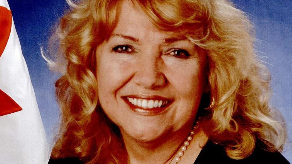 La sénatrice conservatrice Lynn Beyak