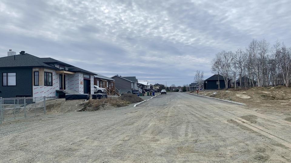 Un quartier résidentiel en développement à Rouyn-Noranda.
