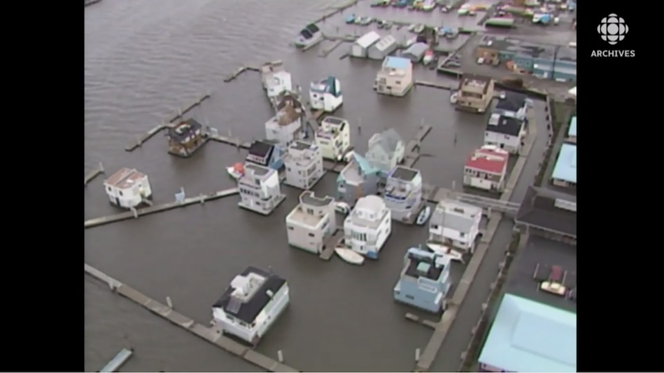 Maisons sur l'eau.