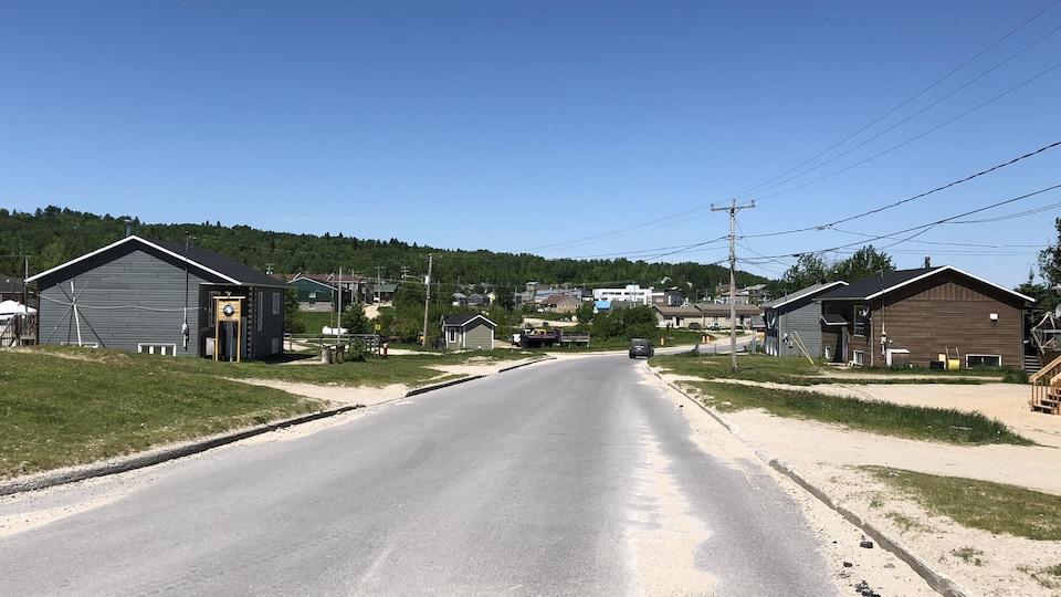 Manawan est une communauté attikamek du nord de Lanaudière. Près de la moitié des 3000 habitants ont moins de 18 ans.